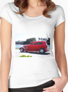 1934 Ford Tudor Sedan 'Bay Side' Women's Fitted Scoop T-Shirt