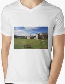 Balmoral Castle Mens V-Neck T-Shirt