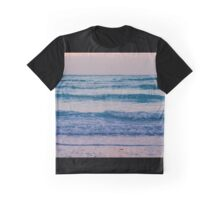 Ocean calls Graphic T-Shirt