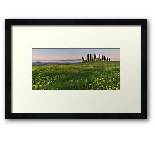 farmhouse pienza Framed Print