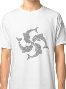tattoo muster linien tribal kreis 4 gruppe cool design springen kleiner delfin süß niedlich frech comic cartoon grinsen lächeln lustig  Classic T-Shirt
