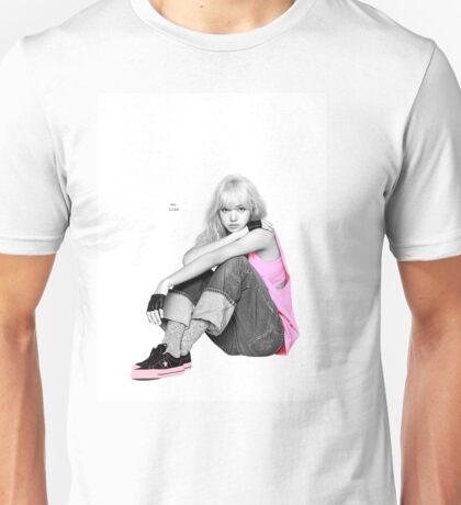 lisa_리사 [BLACKPINK] Unisex T-Shirt