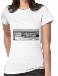 View of the iconic London Bridge in Victoria. Black and White. Womens Fitted T-Shirt