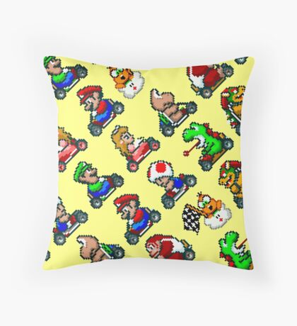 Super Mario Kart / 18 characters pattern / yellow sky Throw Pillow