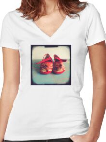 Tiny toes - red chinese baby shoes Women's Fitted V-Neck T-Shirt