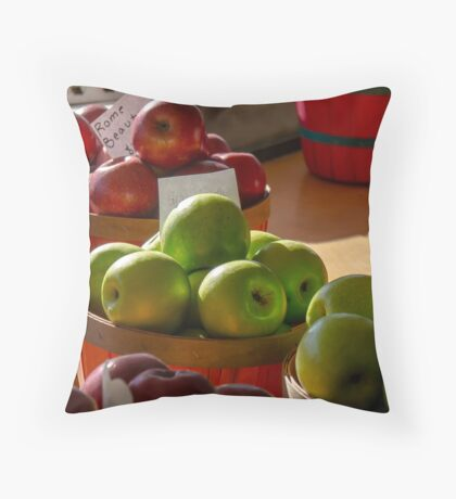 APPLES IN BASKETS Throw Pillow