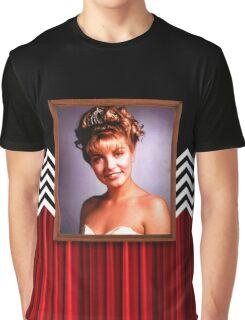 l. palmer portrait Graphic T-Shirt