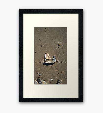 Sailing I Framed Print