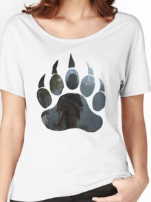 Lara Croft Discovery (Paw) Women's Relaxed Fit T-Shirt