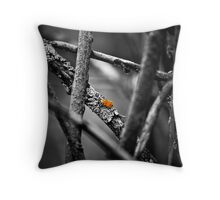 the wailing limb Throw Pillow
