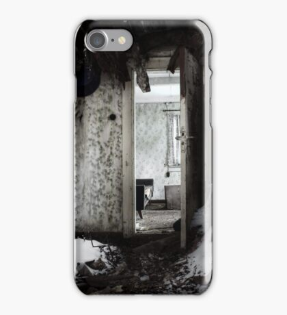 14.1.2017: Snow in the House iPhone Case/Skin