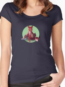 Clever Fox Women's Fitted Scoop T-Shirt