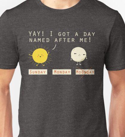 Funny Sarcastic Sunday Wins Over Moonday Monday Illustrated Pun Graphic Tee Shirt Unisex T-Shirt