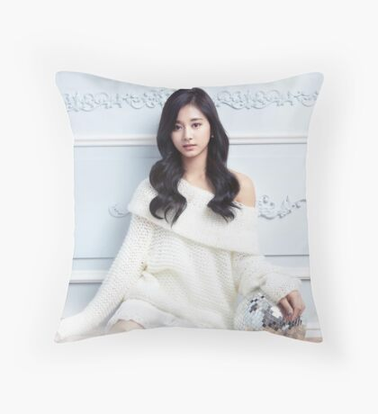 tzuyu twice Throw Pillow