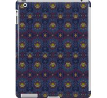 Psychedelic Fractal Manipulation Pattern iPad Case/Skin
