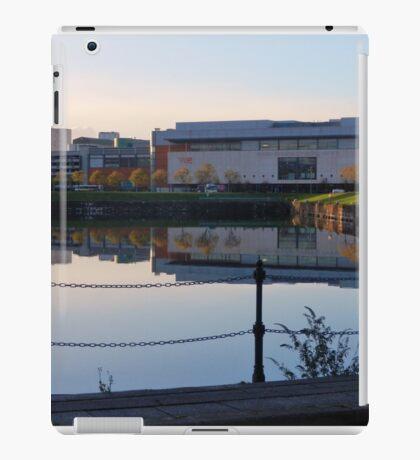 Vue Over a Loch iPad Case/Skin