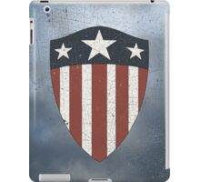 Vintage Look USA WW2 Captain America Style Shield iPad Case/Skin
