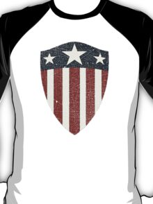 Vintage Look USA WW2 Captain America Style Shield T-Shirt