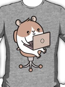Laptop Hammie - hamster with laptop computer  T-Shirt
