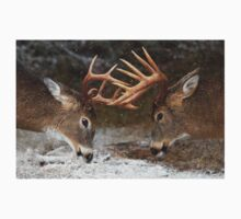 Clash of the Titans - White-tailed deer Bucks Kids Clothes