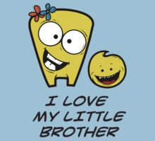 I LOVE MY LITTLE BROTHER Kids Tee