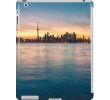 TORONTO 05 iPad Case/Skin