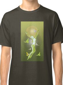 Between light and shadow Classic T-Shirt