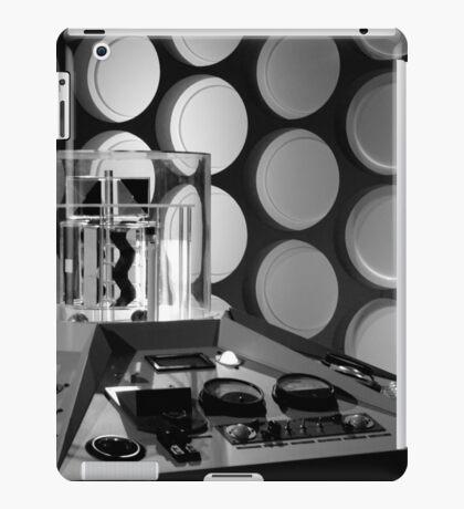 First Doctor's TARDIS iPad Case/Skin