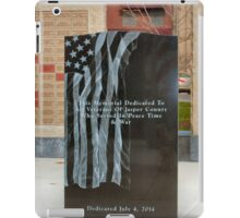 Newtons Iowa Veterans Memorial iPad Case/Skin