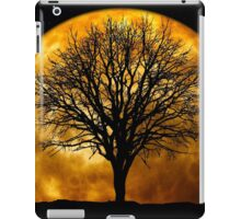 Tree and Moon  iPad Case/Skin