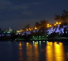 Kangaroo Point Cliffs by Wayne  Nixon  (W E NIXON PHOTOGRAPHY)