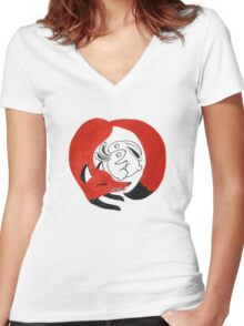Hunt Women's Fitted V-Neck T-Shirt