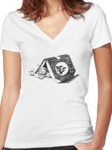 Fable Women's Fitted V-Neck T-Shirt