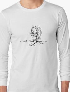 Girl on the beach Long Sleeve T-Shirt