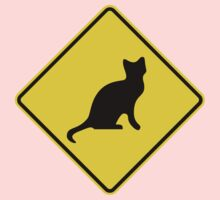 Cat Crossing Traffic Sign - Diamond - Yellow & Black One Piece - Short Sleeve