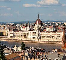 BUDAPEST 07 by Tom Uhlenberg