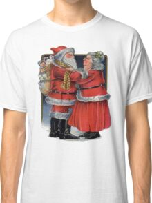 Vintage Christmas Greetings from Mr and Mrs Claus Classic T-Shirt