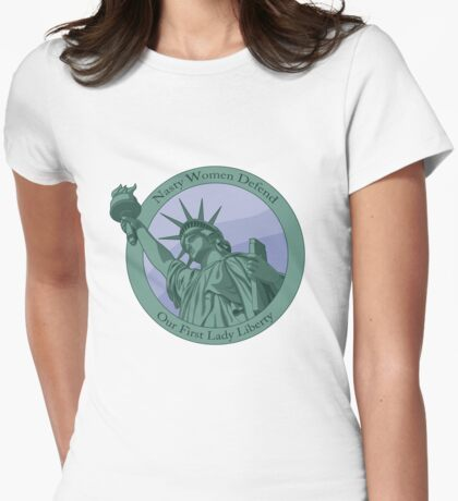 Nasty Women Defend The Statue Of Liberty Womens Fitted T-Shirt