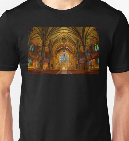 USA. Connecticut. New Haven. Trinity Church on the Green. Interior. T-Shirt