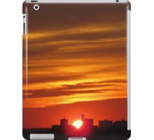 Sunset over New York City  iPad Case/Skin
