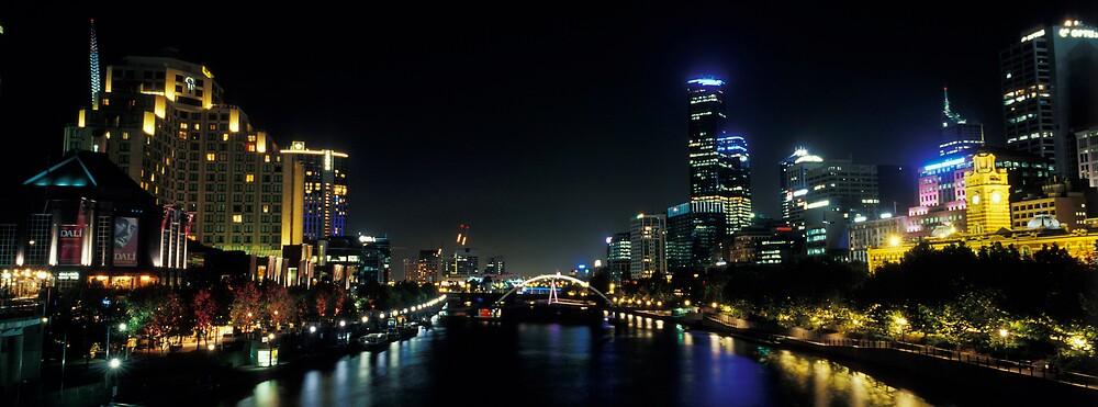 Southbank - Melbourne - Victoria by James Pierce