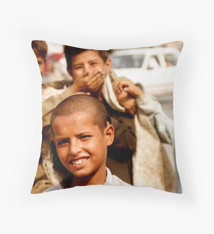 The Garbage Patch Kids Throw Pillow