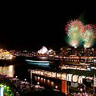 Queen Elizabeth 2 in Sydney by Christopher Chan