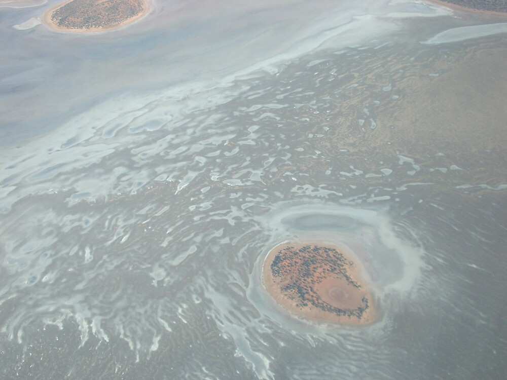 Lake Amadeus by aileron