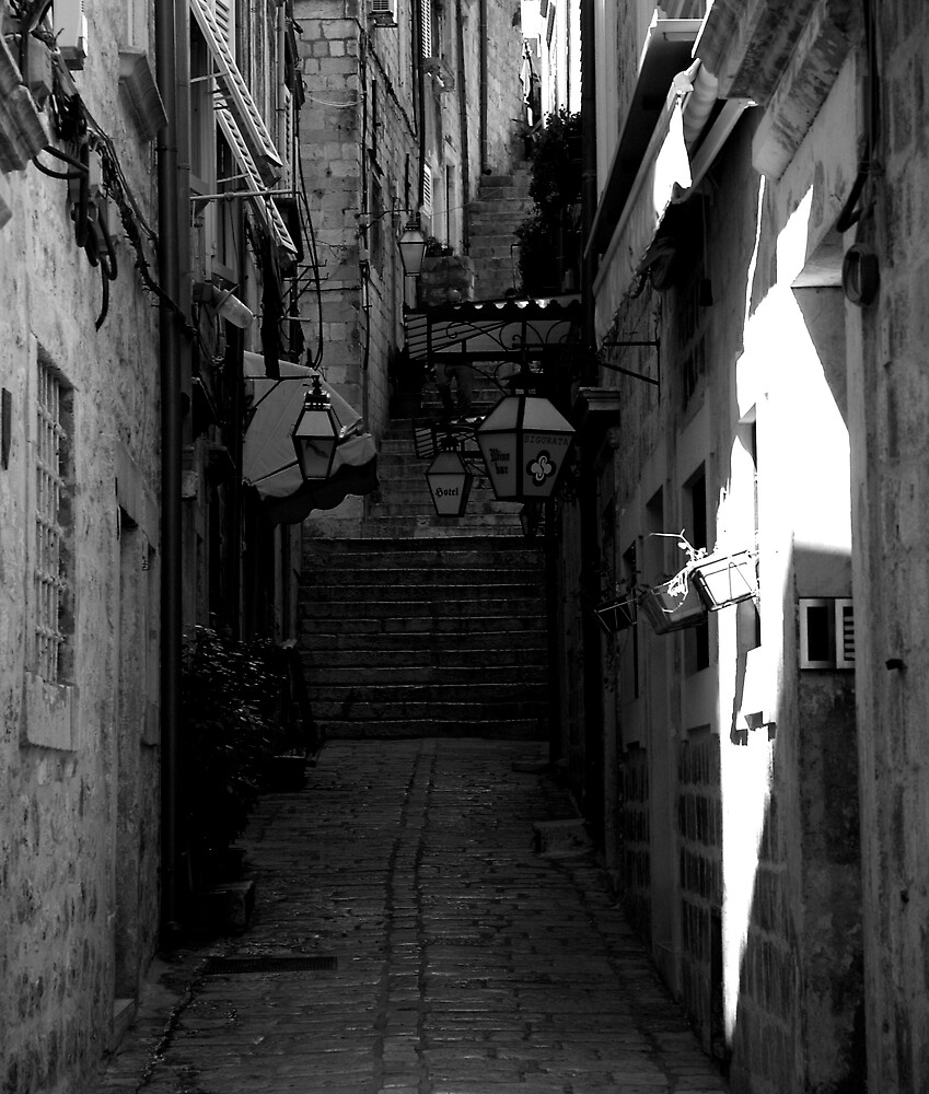 alley by kenan