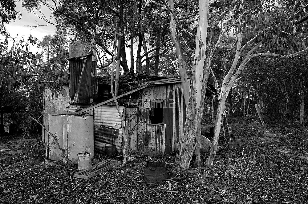 miners hut B&W by Colin12