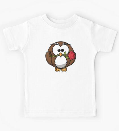 Cute valentine penguin Kids Tee