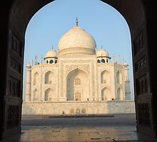 Taj Mahal by Anthony Begovic
