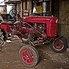 Tractor by UncaDeej