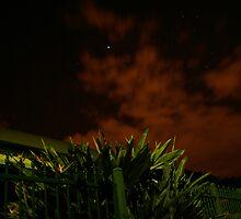 Scarey Sky  by Tamarama72